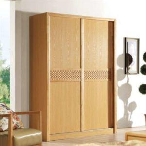 Custom Made Sliding Door Wooden Wardrobe pictures & photos