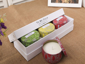 Pure Soy Personalized Gift Candle Set with Luxury Box pictures & photos