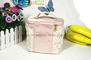 Fashion Lady Lace Cosmetic Bag Elegant Girls for Travel pictures & photos