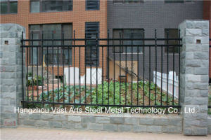 Haohan High Quality Elegant Decorative Residential Industrial Black Fence 69 pictures & photos
