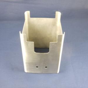 Sst Sheet Folding Waffle Mix Dispenser Welding Bracket pictures & photos