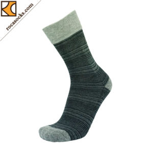 Men′s Irregular Striped Cotton Dress Socks (163012SK) pictures & photos