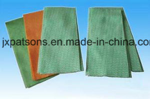 Latest Technology Medical Non-Woven Cloth Folding Cutting Machine pictures & photos