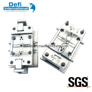 Good Quality Plastic Mould for Plastic Buckle pictures & photos