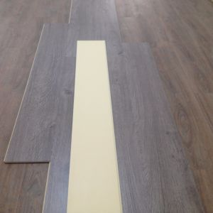 High Quality Durable Soundproof WPC Vinyl Click Flooring pictures & photos