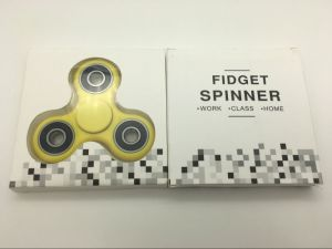 Ready Stock Plastic Hand Spinner for Tri Fidget Spinner Toy pictures & photos