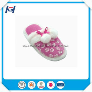Latest Design Foot Warmers Soft Fancy Slippers Girls pictures & photos