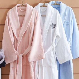 High Quality White Cotton Bathrobe Nightwear pictures & photos