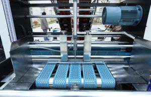 Automatic High Speed Flute Laminator with Pile Turner pictures & photos