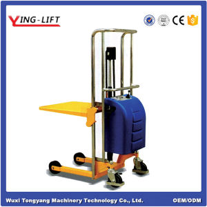 Foot Pedal Type Manual Hydraulic Platform Stacker pictures & photos