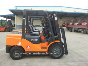 Best Selling 3.0 Ton Diesel Forklift Truck pictures & photos
