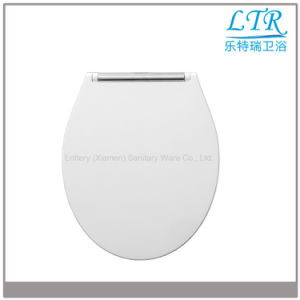 Sandwich Style Luxury Toilet Seat Cover with D Shape pictures & photos