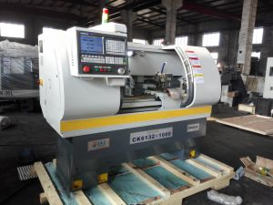 Industrial CNC Lathe Machine with High Speed and Precision pictures & photos