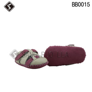 Soft Leather Upper Babies and Toddler Shoes with High Quality pictures & photos