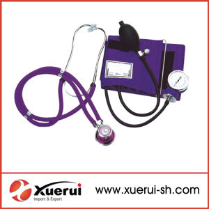 Ce, FDA Approved Aneroid Sphygmomanometer with Stethoscope pictures & photos