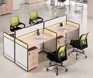 4 Seats Straight Desk Workstation Cluster Staff Office Partition (HX-NCD085) pictures & photos