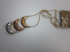 Moon Shape Alloy Metal Necklace Fashion Accessory, Women Fashion Necklace pictures & photos