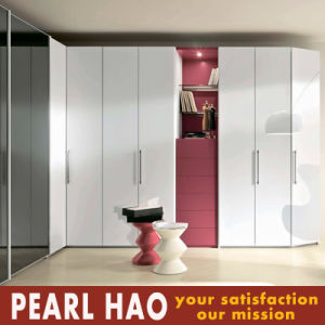 White Matte Lacquer Open Door Bedroom Wardrobe pictures & photos