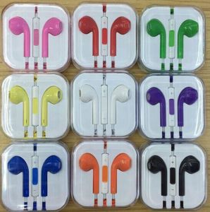 Colorful 3.5mm Earbuds Rich Bass Headphones with Remote and Mic pictures & photos