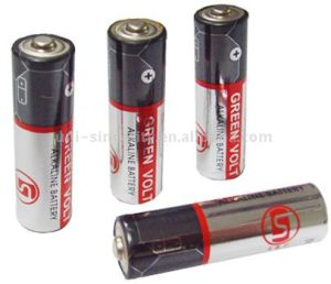 LR6 AA Size Alkaline Battery pictures & photos