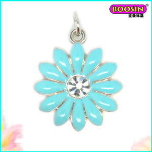 Nice Wholesale Custom Made Enamel Neckalce Jewelry Flower Pendant pictures & photos