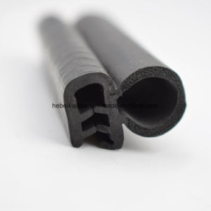Factory Price Extruded Automotive EPDM Window Seal pictures & photos