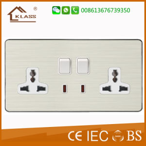 Metal Aluminum Mf 2*13A Socket with Dual USB Socket pictures & photos