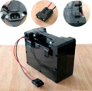 11.1V 10ah Lithium Ion Battery Pack for E-Bike pictures & photos