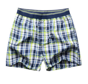 Customize Cotton Fashion Men Woven Shorts pictures & photos