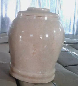 Polished Wholesale Cremation Urns Pink Marle pictures & photos
