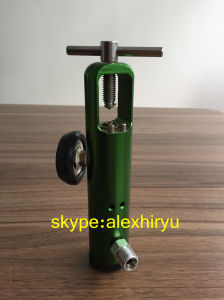 Medical Oxygen Regulator with Cga870 Connector pictures & photos