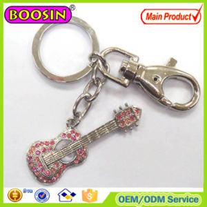 Fashion Design Metal CZ Stones Guitar Musical Instrument Keychain pictures & photos