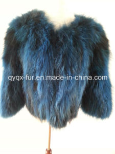 2015 Fluffly and Soft Real Raccoon Fur Coat pictures & photos