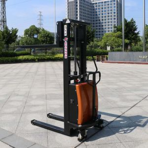 China Manufactures New Design Heavy Duty Semi-Electric Stacker (CDSD10) pictures & photos