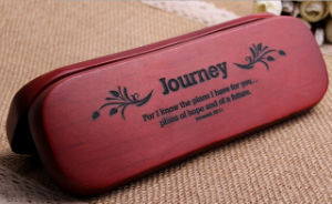Graved Journey Pen Packaging Case Box pictures & photos