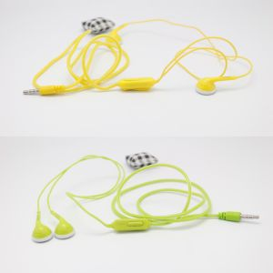 Stereo TPE Wire 150m in-Ear Earphone with Microphone pictures & photos