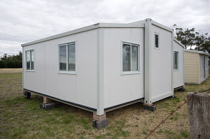 Shipping 40 FT Luxury Fully Furnished Rebuilt Steel Container House pictures & photos