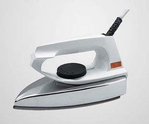 Namite N1125 Ceramic Soleplate Electric Iron pictures & photos