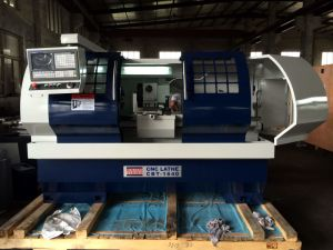CNC Lathe with Flat Bed and Hardened Rail Ek6140X1500 pictures & photos