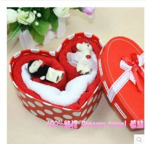 Wholesale China Zhejiang Hot Selling Loving Couple Gift Towel pictures & photos
