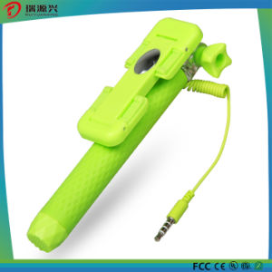 Wholesale Newest Mini Selfie Stick for Mobile Phone Accessories pictures & photos