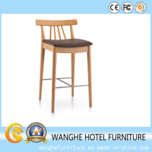 Classic High Quality Hotel Furniture Wood Chiavari Wedding Chair pictures & photos