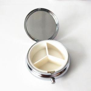 Advertising Gift - Portable 3 Slots Pill Box Medical Drug Medicine Storage Case Organizer pictures & photos