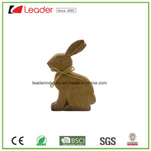 Polyresin Decorative Rabbit Figurine with Wood-Look for Easter Decoration pictures & photos