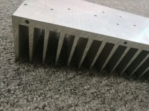 CNC Machined 6063t5 Mill Finish Aluminum Extruded Heatsink Profile pictures & photos