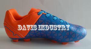 Factory Price Top Selling Football/Soccer Sports Shoes pictures & photos