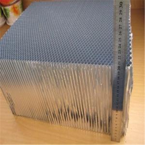 Aluminium Honeycomb Core High Quality (HR1147) pictures & photos