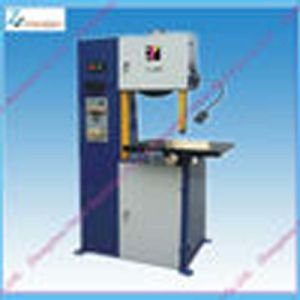 Electric Automatic Wood Band Saw Machine pictures & photos