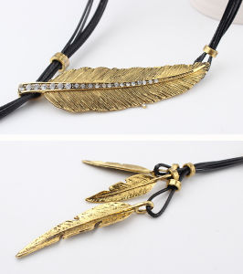 Fashion Leather Rope Leaves Choker Necklace Jewelry pictures & photos