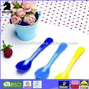 Hot Selling Unique Fancy Colorful Plastic Cute Spoon pictures & photos